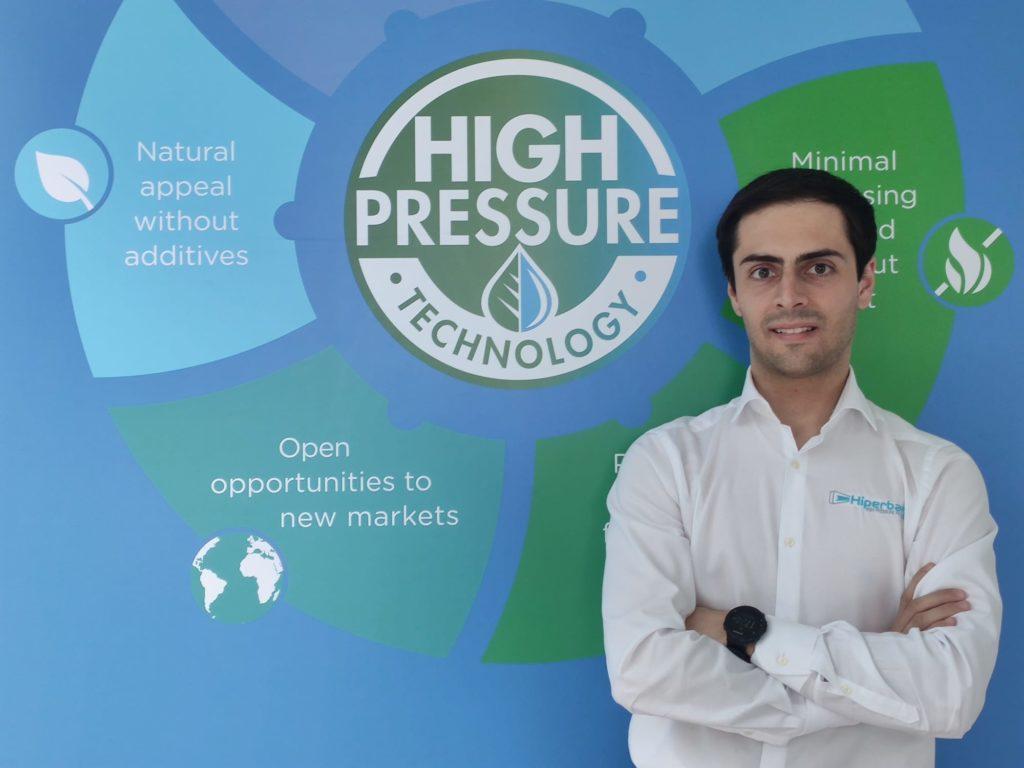 Imagen 2. Mario González, especialista en aplicaciones HPP y candidato a doctorado en Hiperbaric