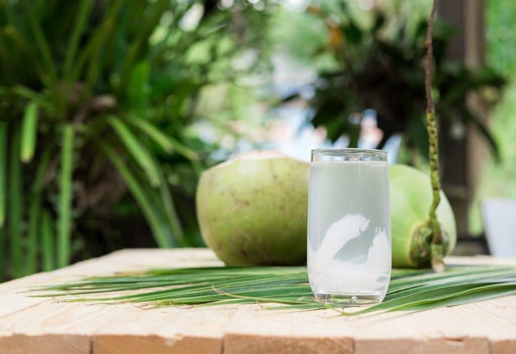 Hiperbaric evalúa los riesgos asociados a Clostridium botulinum en agua de coco