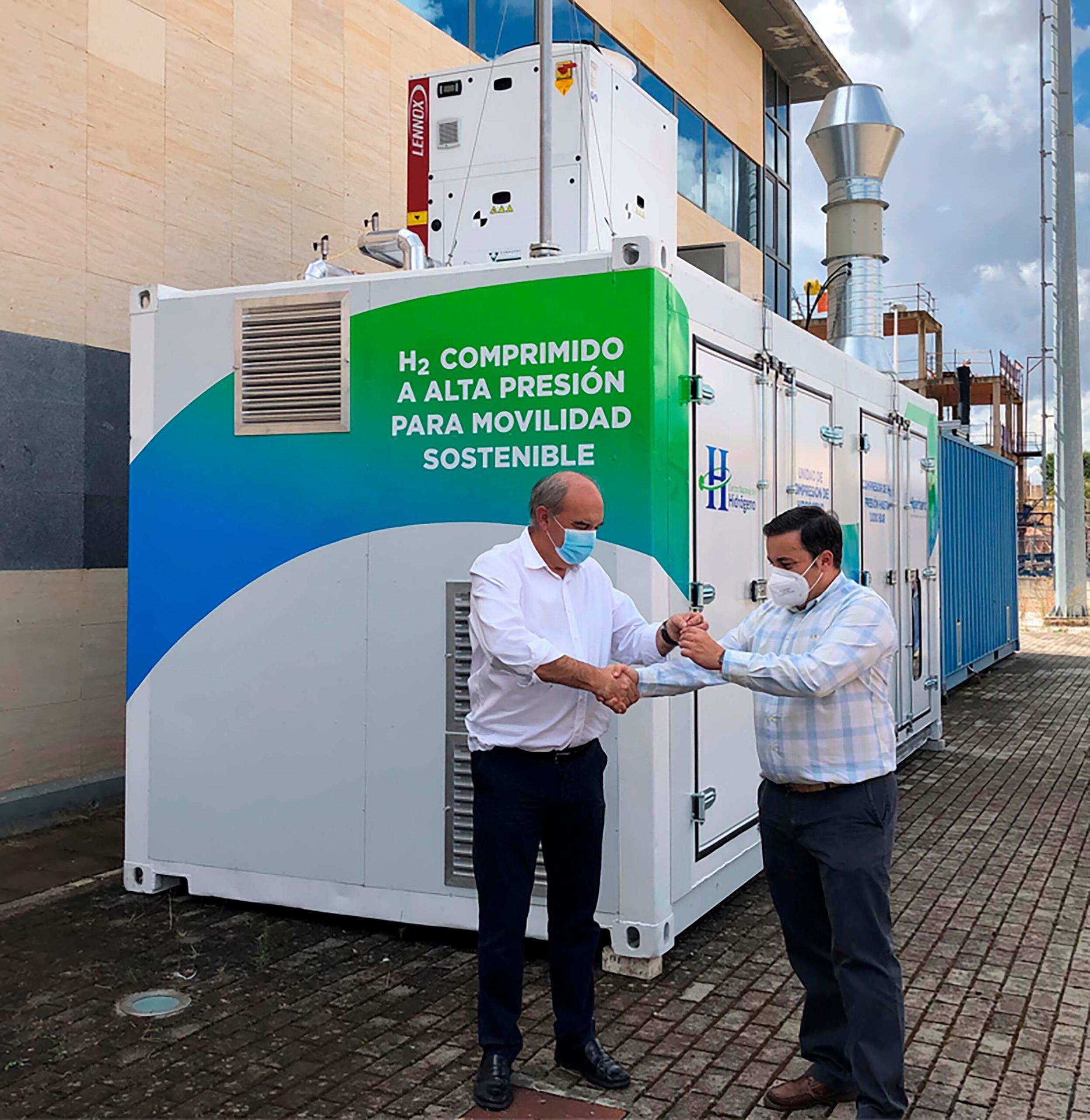 Hiperbaric entrega el compresor de H2 en el CNH2